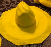 lay ring on hat1